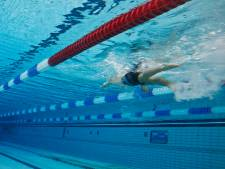 Ouders bijna verdronken knaapje: Barendrechts zwembad liet steken vallen