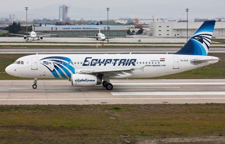 Een EgyptAir Airbus van de A320-reeks.