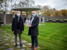 """Nieuwe strooiweide Schoonselhof officieel ingehuldigd: """"Nood aan meer ruimte nu er steeds meer voor crematie gekozen wordt"""""""