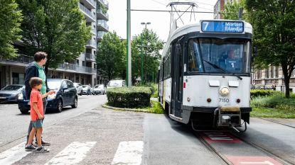 'Nog een tram schrappen? We raken er nu al niet meer op': Antwerpen zet schaar in openbaar vervoer