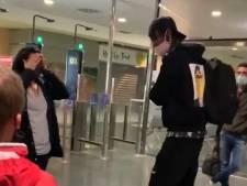 """Une mère de famille à la recherche du """"héros"""" qui a payé ses frais de bagages à l'aéroport d'Ibiza"""
