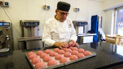 Patissier leeft zich uit met roze chocolade