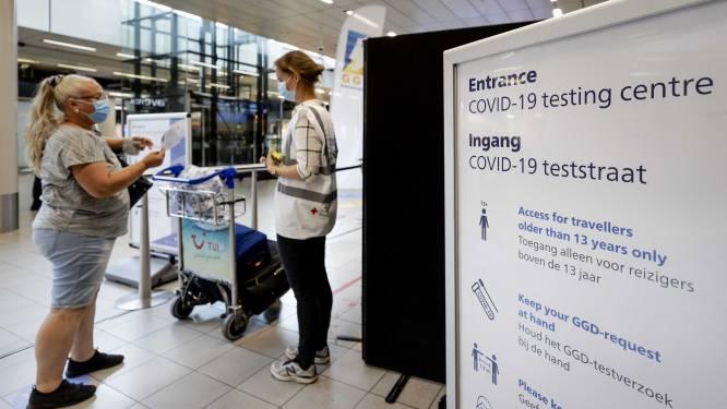 """""""Op de luchthaven of zelfs aan de grens: we moéten mensen testen voor ze ons land inkomen"""""""