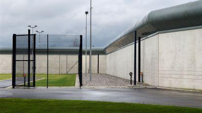 Nog acht gedetineerden in ons land moeten op de grond slapen