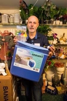 Johan van Wezel kan niet weggooien: zijn winkel in Moergestel puilt tot in de kelder uit