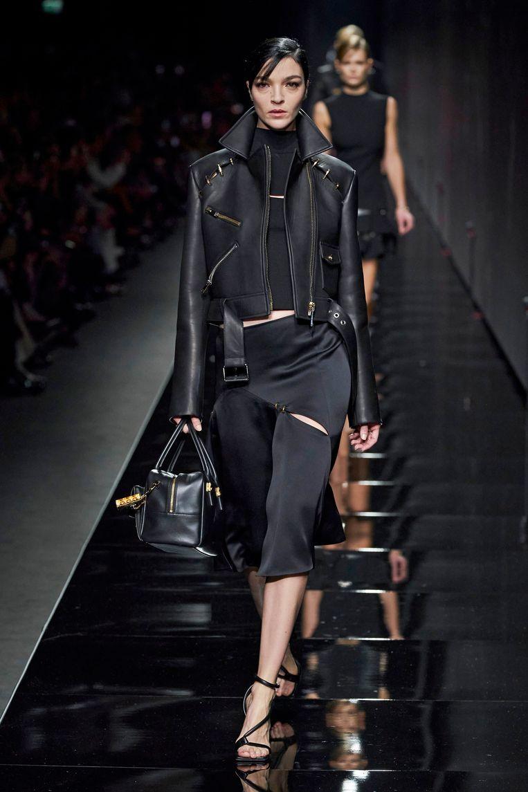 Mariacarla Boscono in Versace Beeld Imaxtree