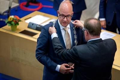 direct-actie-van-nieuwe-burgemeester-den-bosch-tegen--feest-verboden