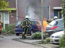 Politie zoekt getuigen na autobrand in Holten