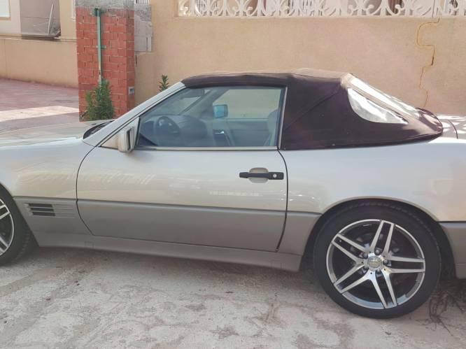 """Oldtimer-Mercedes gestolen uit garage: """"Zo uniek dat hij moeilijk verhandelbaar is"""""""