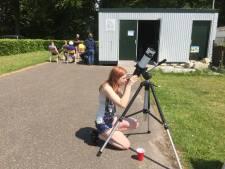 Sterrenwacht Heesch op bezoek bij Heemkundekring Onsenoort: 'Ergens in het heelal is er primitief leven'