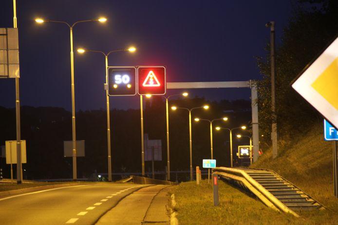 De Salland-Twentetunnel is tijdelijk afgesloten voor verkeer.