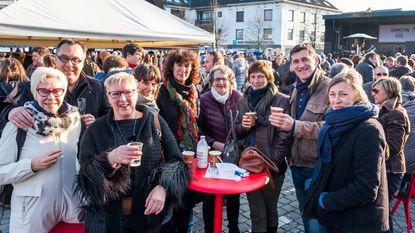 Inwoners vieren 'Nieuw op 't plein'