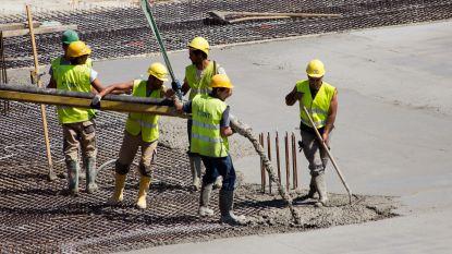 Arbeiders presteren kwart minder uren in coronacrisis, bij bedienden is er een daling van 11 procent