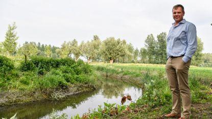 Oevers beek De Vliet steviger om water af te voeren