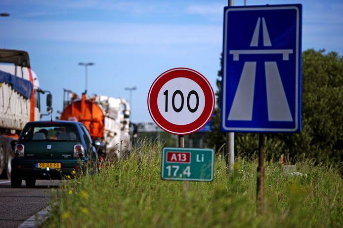 La Hollande se penche sérieusement sur une limitation de la vitesse maximale à 100 km/h sur les autoroutes.
