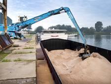 Het kan weer vriezen: 3 miljoen kilo strooizout in loods Raamsdonksveer