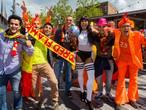 Belgische voetbalfans in Tilburg verrukt over Oranje én Roze Maandag