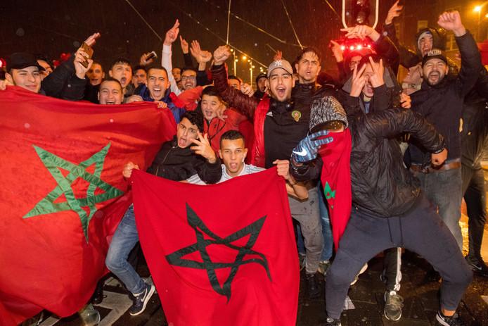 Marokkaanse-Nederlanders in Amsterdam vieren in november de kwalificatie van Marokko voor het WK.