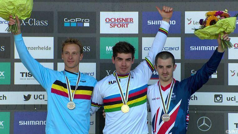 Martin Maes wint zilver op het WK mountainbike afdaling.