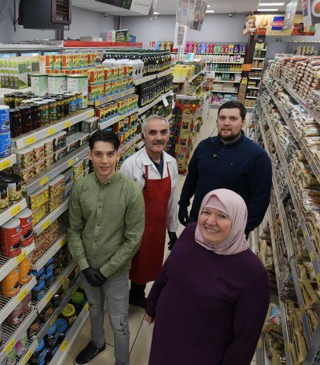 Ramadanfeest in coronatijd: 'Mensen gaan nu beeldbellen, ook tijdens het eten'