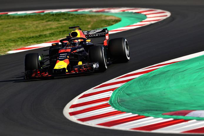 Max Verstappen gisteren tijdens de testdag op het Circuit de Barcelona-Catalunya .