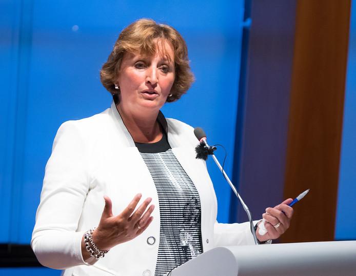 Burgemeester Liesbeth Spies.