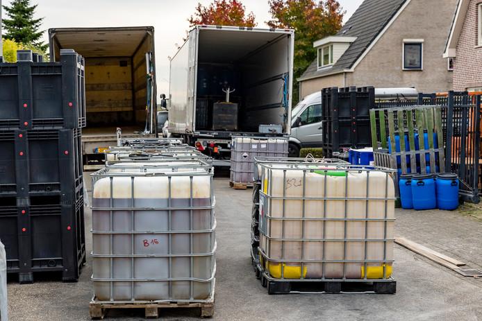 Opruiming drugslab in Lage Zwaluwe.