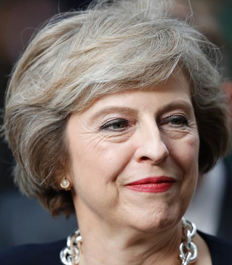 Negen miljoen Britten eenzaam: May benoemt minister van Eenzaamheid
