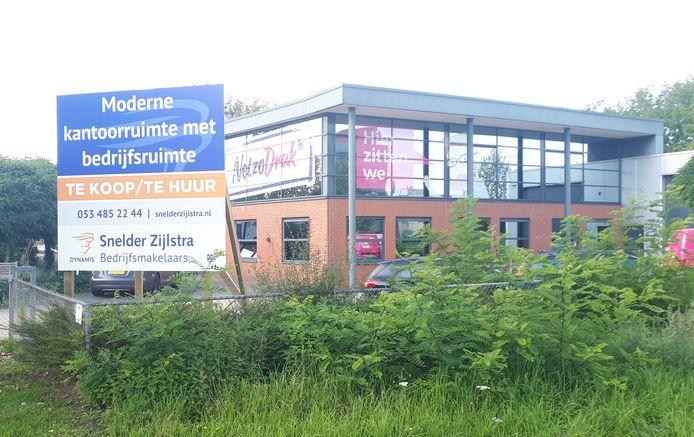 Het voormalige pand van drukkerij NetzoDruk aan het Capitool is onlangs in zijn geheel verhuurd.