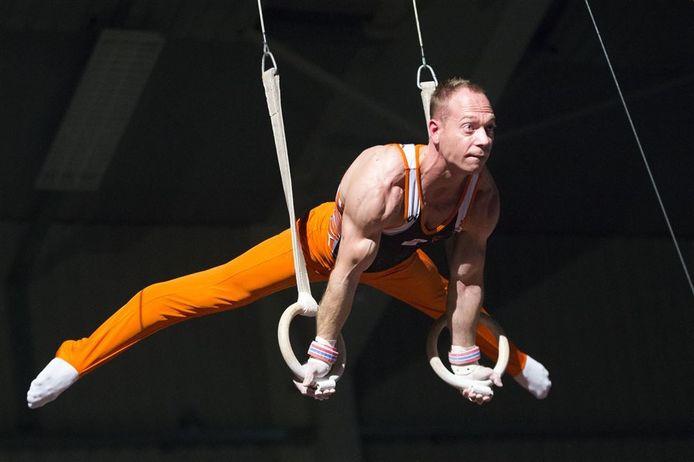 Yuri van Gelder in actie tijdens het Turngala in Leek.