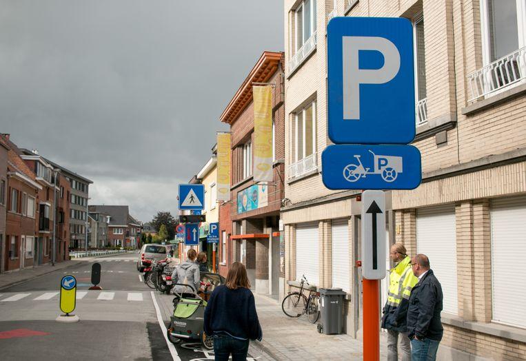 In de Watermolendreef is ook een parkeerplaats voor bakfietsen ingericht.