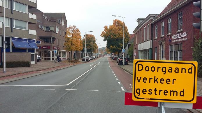 Afsluiting van de Nieuwstraat ter hoogte van de Hengelosestraat