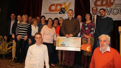 CD&V Vooruit schenkt 400 euro aan Team Neushoorn