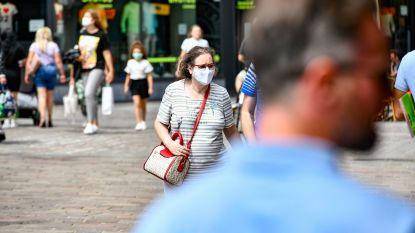 """""""1,5 meter afstand, handen wassen en mondmaskers stoppen het coronavirus"""""""