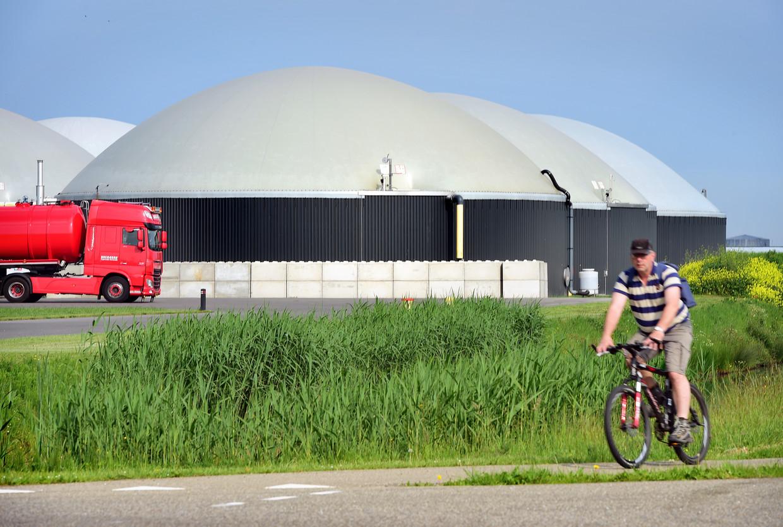 In Bemmel in Gelderland staat al een mestfabriek van het type dat ook in Groenlo moet komen. Beeld Marcel van den Bergh