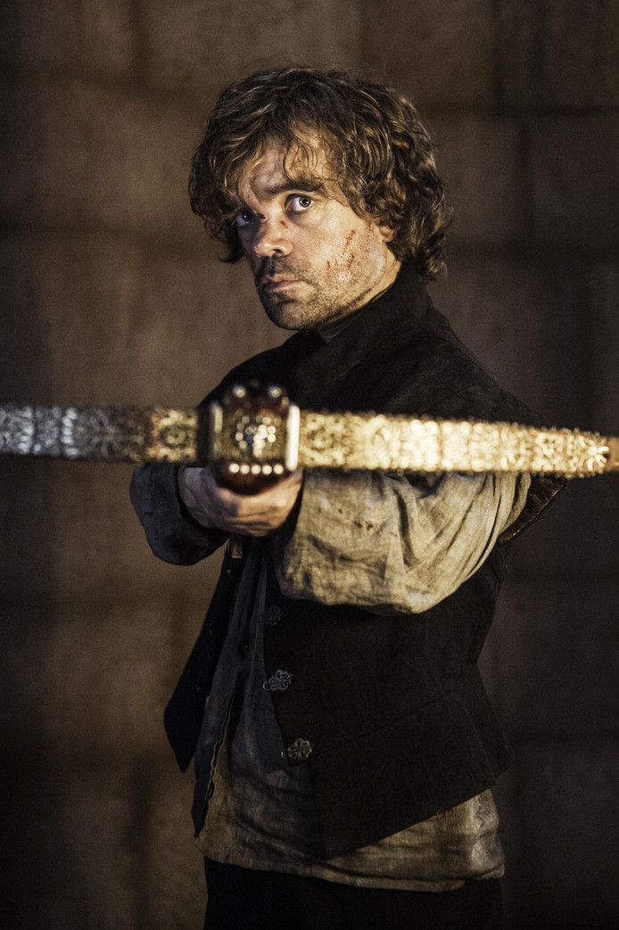 Tyrion Lannister, gespeeld door Peter Dinklage, in een scene van Game of Thrones. (AP Photo/HBO, Helen Sloan)