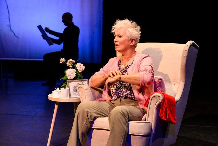 Doris Baaten als (de oude) Ina in 'Een leven samen'. Beeld Annemieke van der Togt