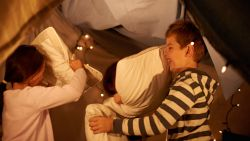 Ikea deelt 6 handleidingen om je woonkamer met de kinderen om te bouwen tot fort