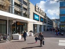 Vrouwen onzedelijk betast in winkelcentrum de Baronie in Alphen