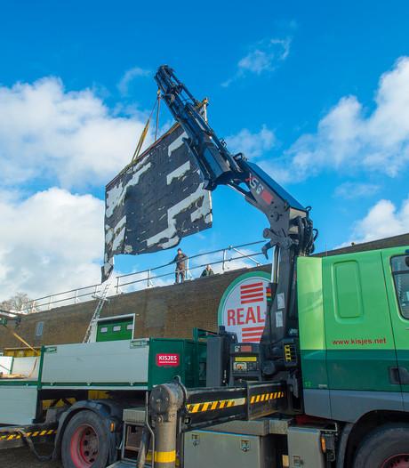 Apeldoornse skatehal Real-X begint aan herstel van dak nadat windvlaag er vat op kreeg