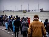 Teruglezen: Veel belangstelling voor sluiting Maeslantkering