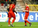 Lukaku en De Bruyne vieren de overwinning.
