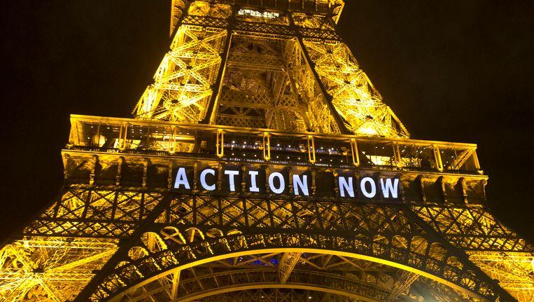 De Eiffeltoren in Parijs, op 6 december. Beeld ap