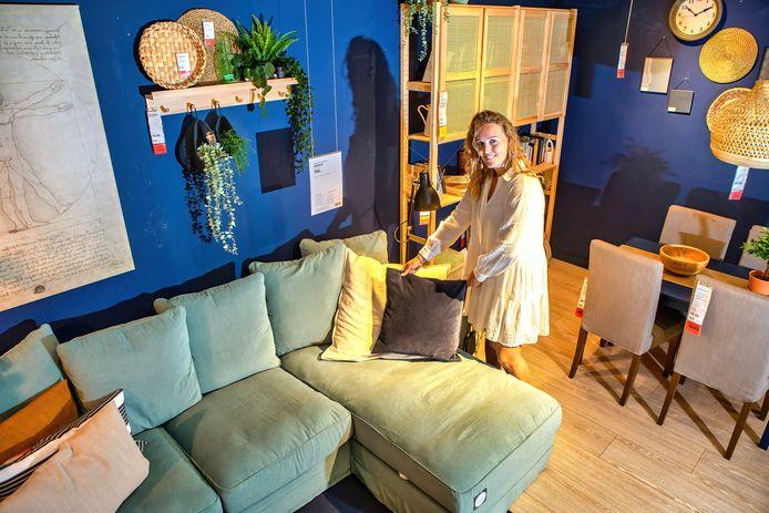 Fabiënne Breevaart geeft via de website en sociale media van IKEA interieur- en woonadvies.