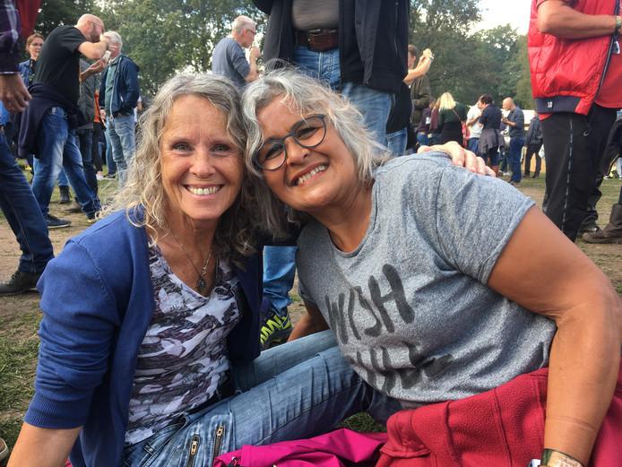 Brigitte (links) en Ina uit Enschede op Tuckerville