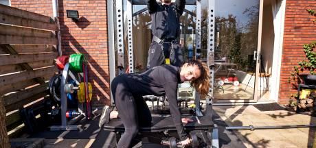 Utrechtse sportschool draait 'gewoon' door in de achtertuin