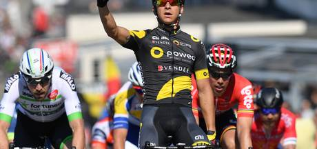 Eerste etappe Ronde van België ontsierd door bizarre valpartij