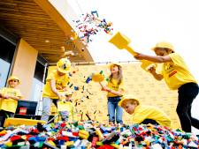 Legoland overspoeld door honderden gewillige bouwers