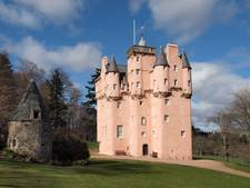 Fotograaf eist 56.000 euro na ophef over naaktfoto's in kasteel