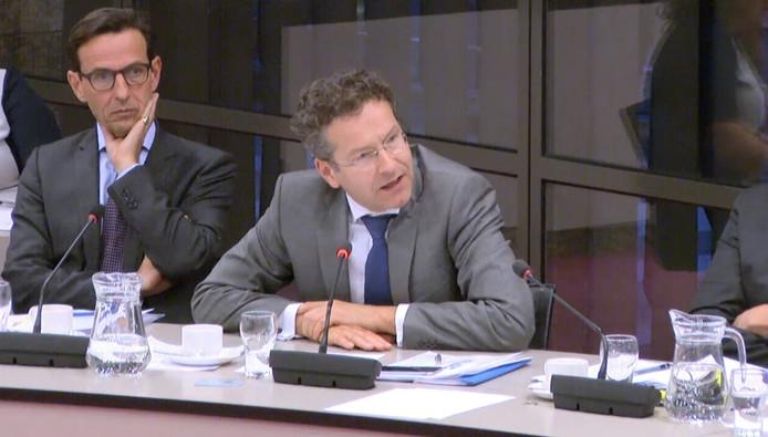 Minister Jeroen Dijsselbloem (Financiën): 'Voorgestelde oplossing door Zeeland voor kerncentrale is voor ons niet aantrekkelijk. We zijn nog in overleg.'